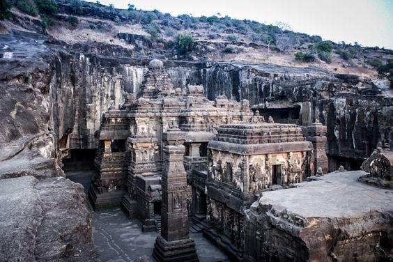 कैलाश मंदिर(Kailash mandir )