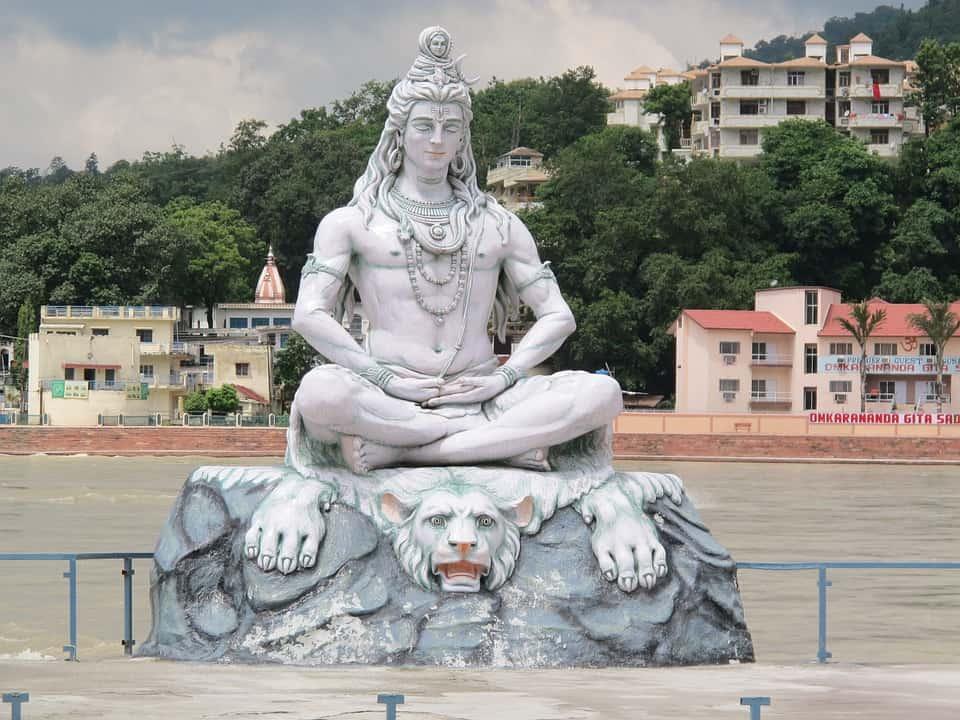 महाशिवरात्रि देवो के देव महादेव( शिव जी ) का विवाह आये जाने अद्भुत विवाह के बारे में
